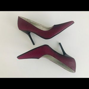 Bakers Womens Pointy Toe Pumps Stilleto Size 8B